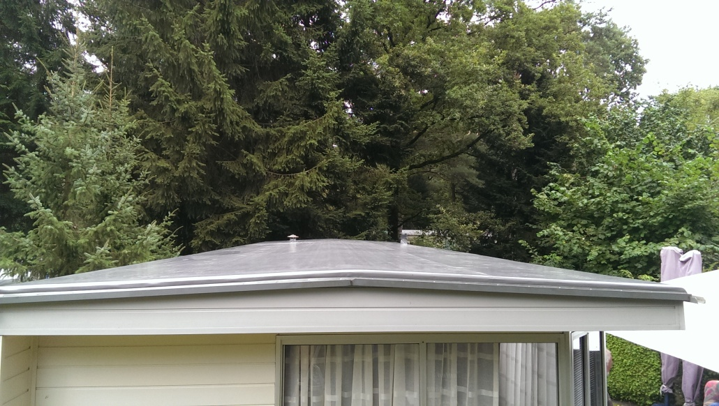 dak stacaravan vernieuwd